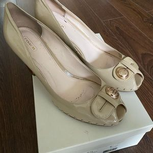 Coach peep toe shoes